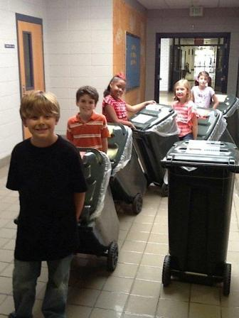Gwin Elementary Recycles