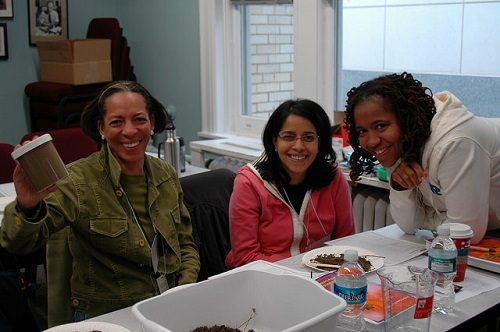 teachers-with-soil-samples-at-plt-workshop