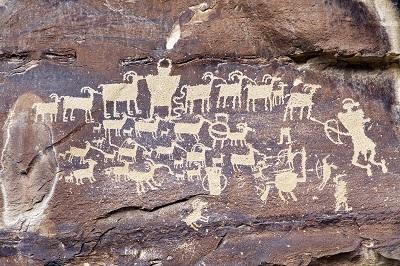 Petroglyphs-Utah-storytelling