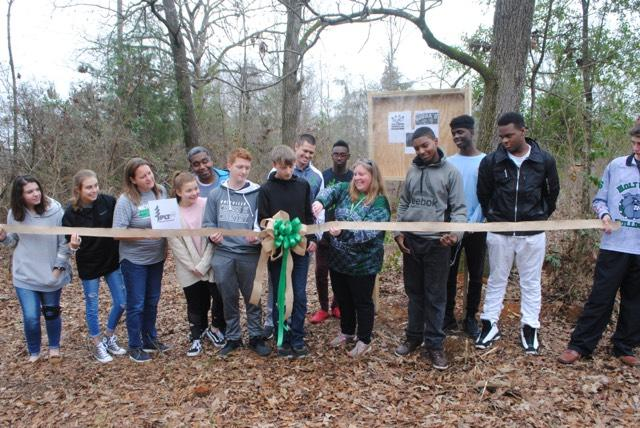 Holtville-High-School-students-cut-ribbon-open-nature-trail